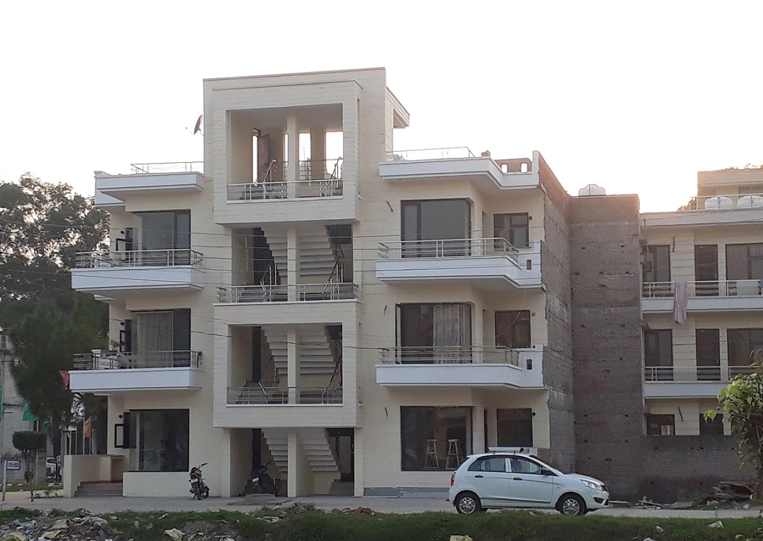 Bella Homes - Ready to move Budget flats-2 BHK, 3 BHK and plots in Derabassi, Zirakpur mktd by Dewan Realtors